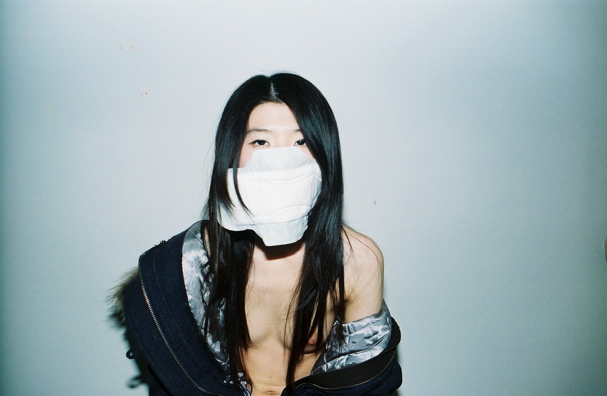 art blog - Ren Hang - empty kingdom