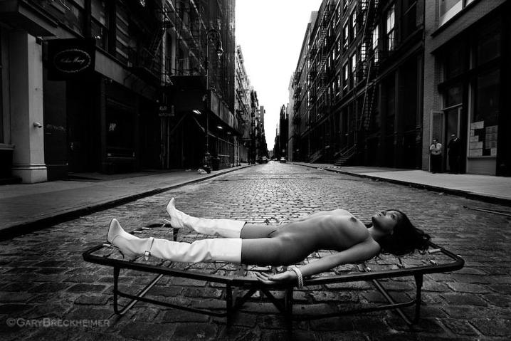 art blog - Gary Breckheimer - empty kingdom