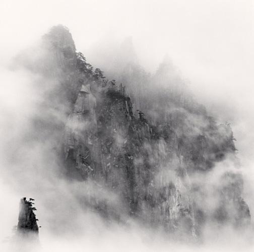 art blog - Michael Kenna - empty kingdom