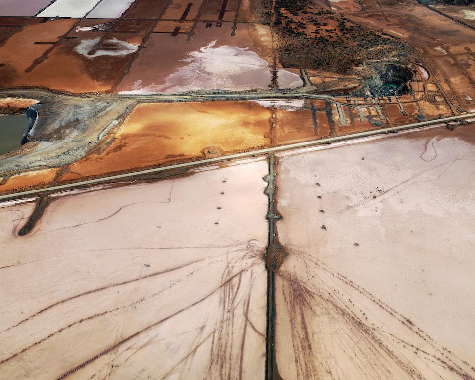 Art Blog - Edward Burtynsky - Empty Kingdom