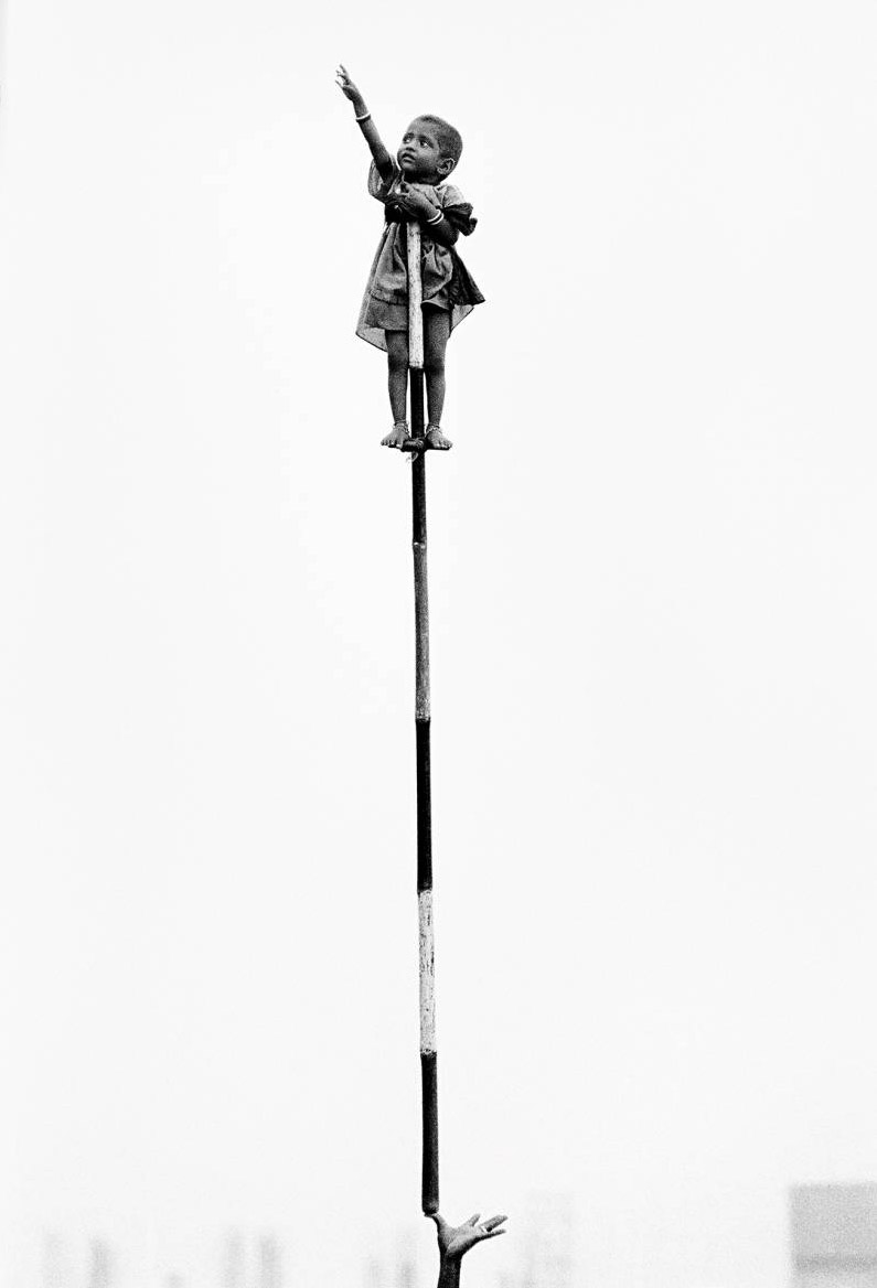 art blog - Dario Mitidieri - empty kingdom