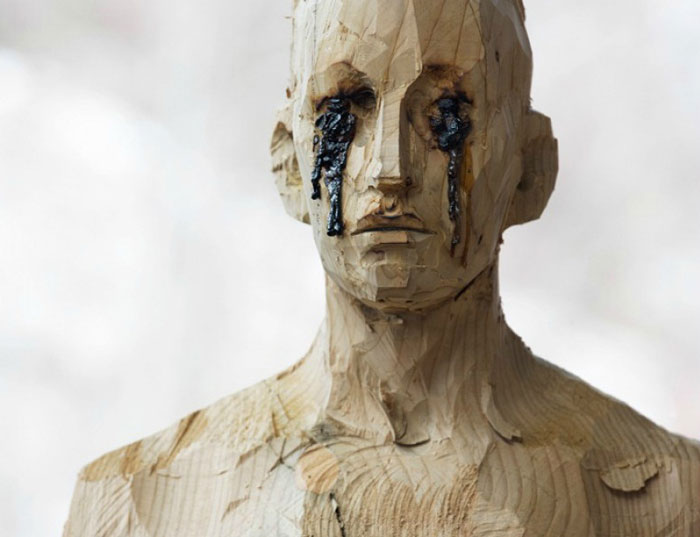 art blog - Aron Demetz - empty kingdom