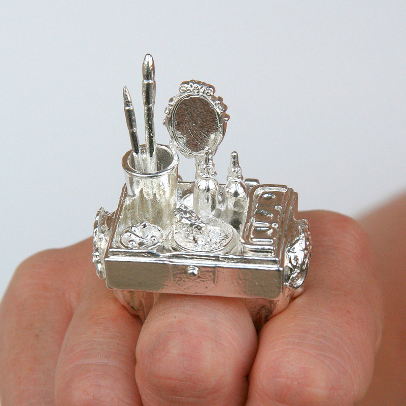 art blog - Rebecca Rose - empty kingdom