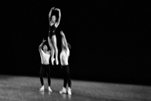 art blog - Henry Leutwyler - Empty Kingdom