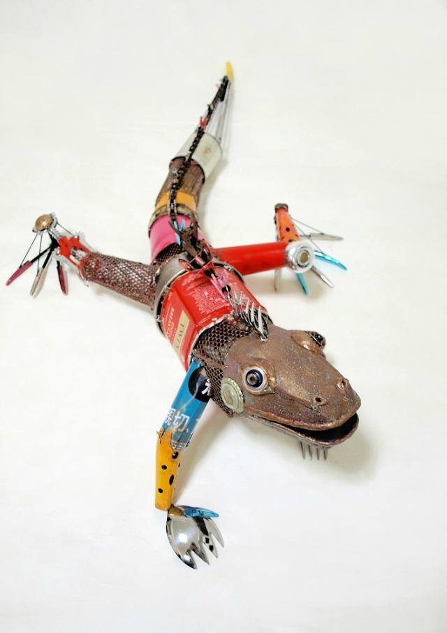 Recycled animal sculptures empty kingdom for Art made by waste material