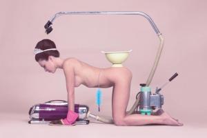 Melanie Bonajo - Empty Kingdom - Art Blog