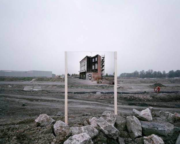 Guillaume Amat - Empty Kingdom - Art Blog